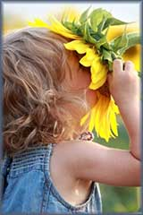 child with sunflower jigsaw puzzle